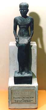 Estatua de Imhotep