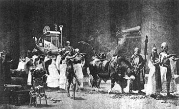 Procesión del toro sagrado. Pincha sobre la imagen para ampliarla